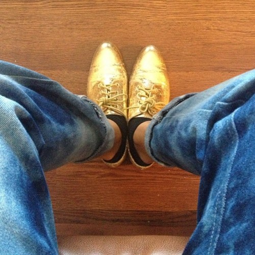 I felt metallic #metallic #shoes #oxfords #fashion