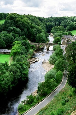 pagewoman:  senerii:  Richmond by Peter Gutierrez on Flickr.  North Yorkshire,England.