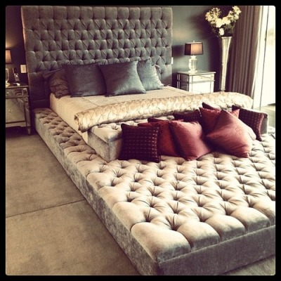 dannypoo:  ashcostello:  a bed…within….a bed!?  I would never again see the outside world. Ever. *need*  BedCeption