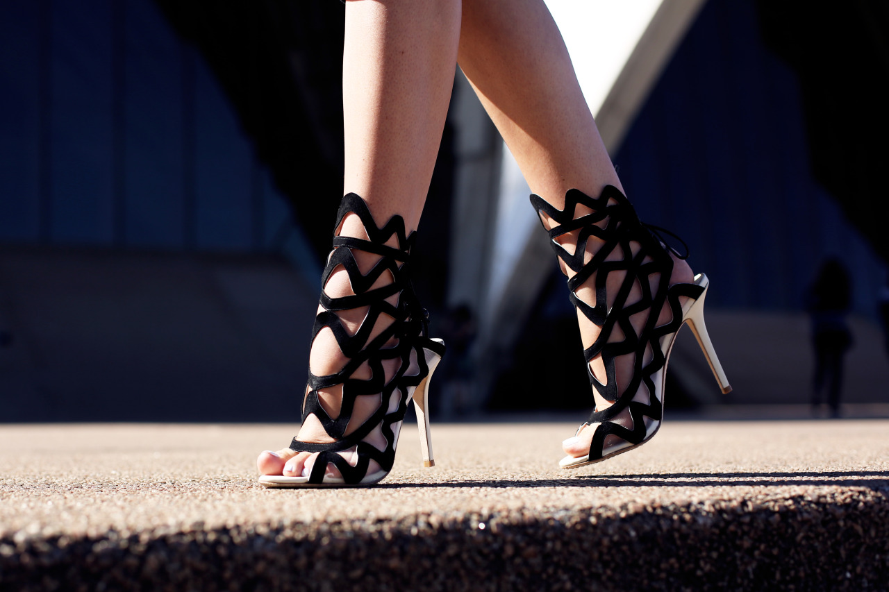 what-do-i-wear:  Sophia Webster heels (image: tuulavintage)