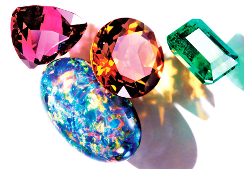 The Global Guide to Gem Hunting