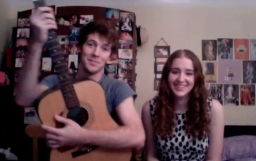 Video Chat Karaoke: EPISODE 83: MIA AND ERIC 'GREEN EYES' (COLDPLAY)by From Our Readers  http://bit.ly/RlLEbb