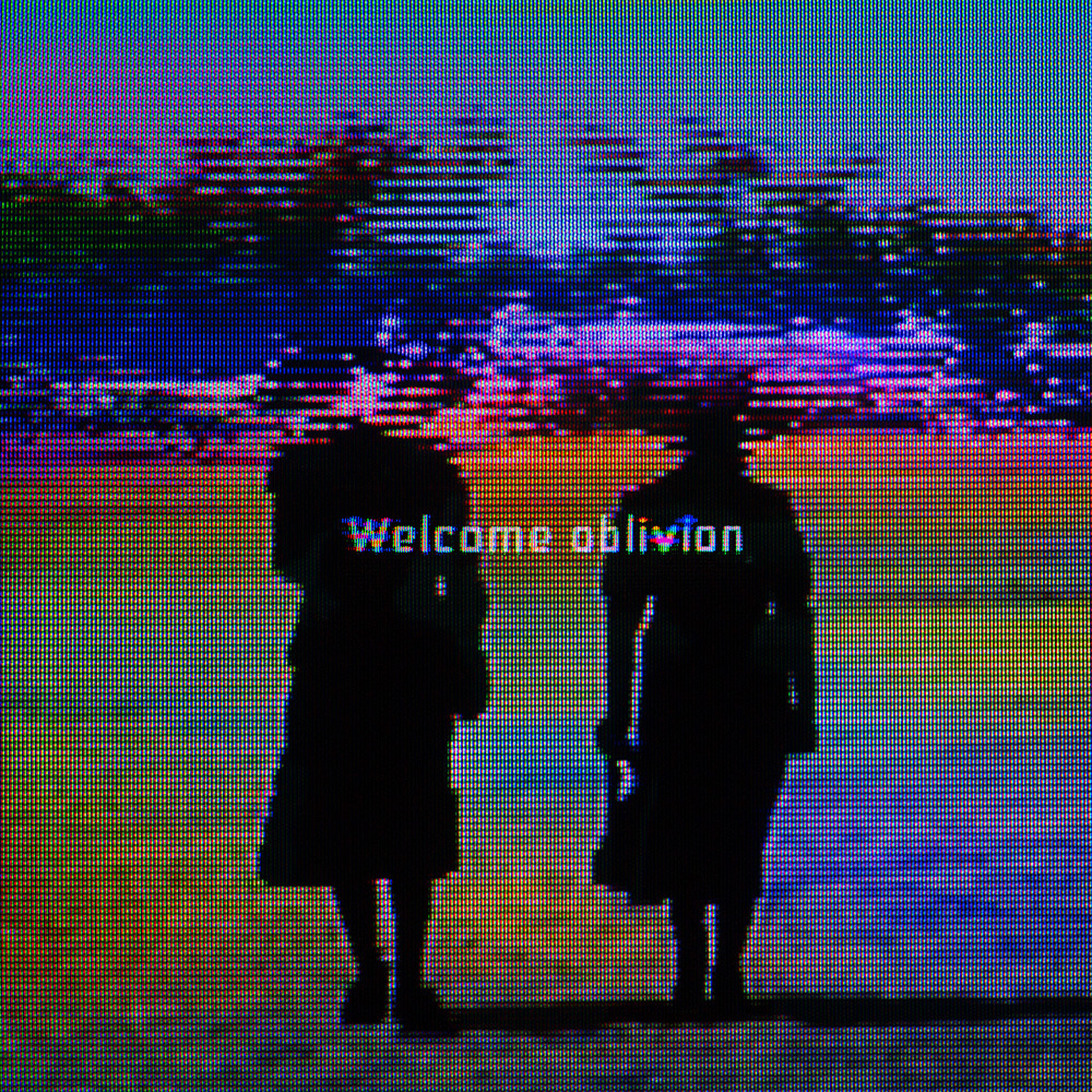 Listen to the new How to destroy angels album Welcome oblivion in its entirety and browse visuals, on Pitchfork Advance. And you can now Pre-order Welcome oblivion direct from HTDA.