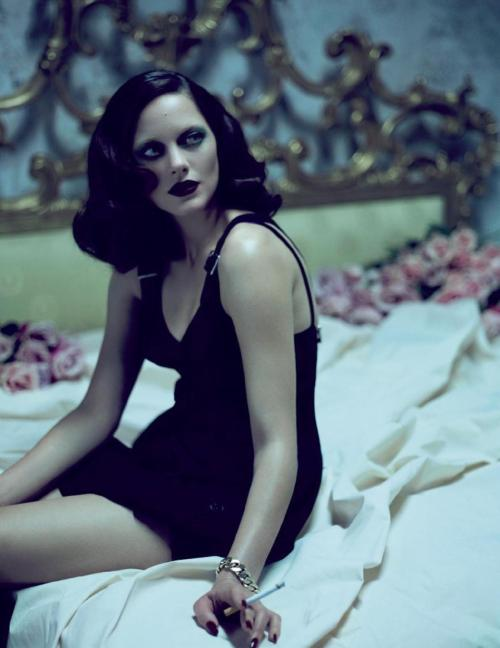 birdswallowing:  gasstation:  Marion Cotillard by Mert and Marcus  TumbleOn)