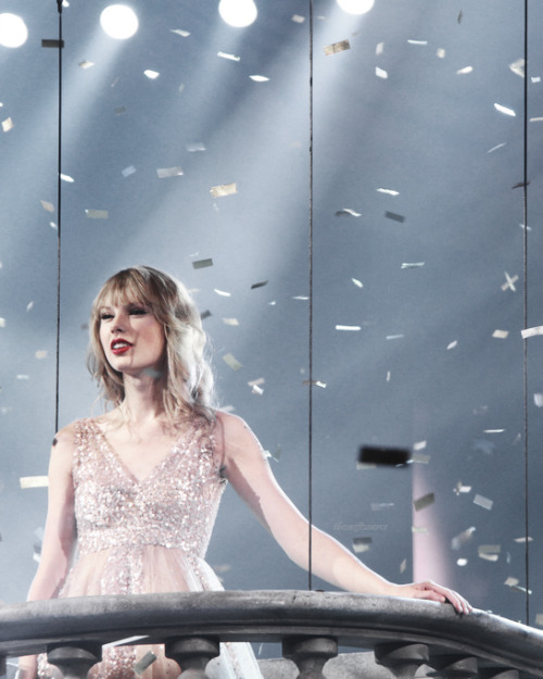 theswiftsource:  hold on to spinning aroundconfetti falls to the groundmay these memories break our fall