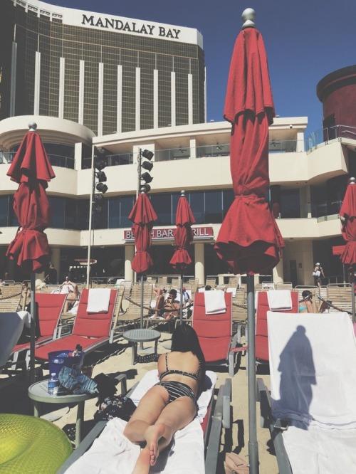 waking up in Vegas Las Vegas mandalay bay casino Las Vegas strip pool Mandalay Bay resort pool jayelle