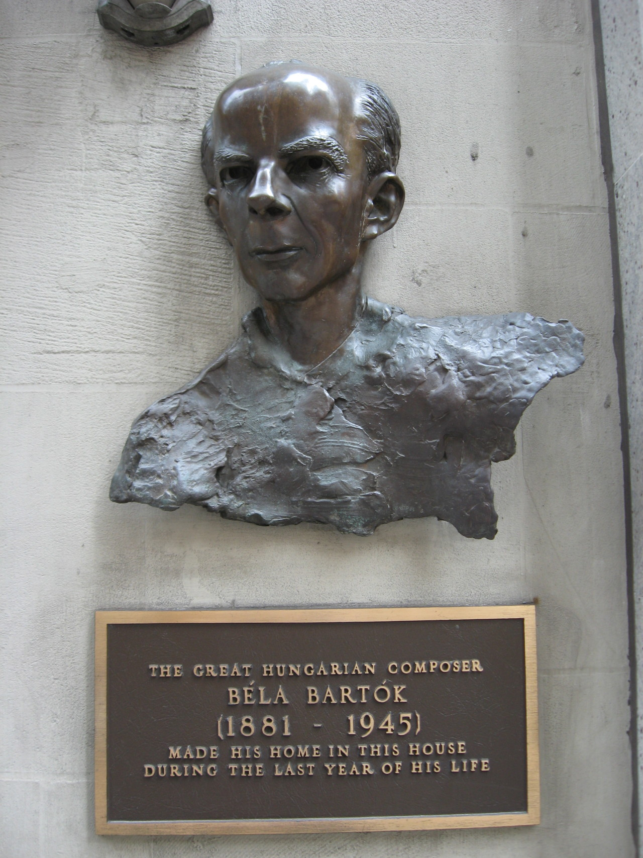 nyphil:  Ciao, Béla! Béla Bartók, who made his home in New York in his final years, would have been celebrating his 132nd birthday today. The Hungarian-born composer gave music lovers many gifts, including his First Violin Concerto and Second Piano Concerto, which will be aired and posted online this week (from performances last season conducted by Alan Gilbert, with Glenn Dicterow and Lang Lang, respectively) on The New York Philharmonic This Week. Tune in and join us in celebrating this astonishing composer's natal day.