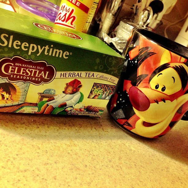 My Best Combo #tigger #sleepytimetea #tea #sleepregime #goodnight #disney #boanoite