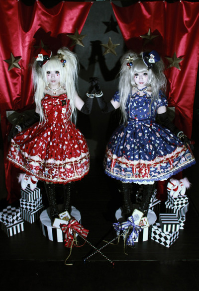 corette:  たくる (Takuru) + しおり (Shiori)  Angelic Pretty (Star Night Theater) @ Lolita Fashioninfo : cure / archive / blog / twitter