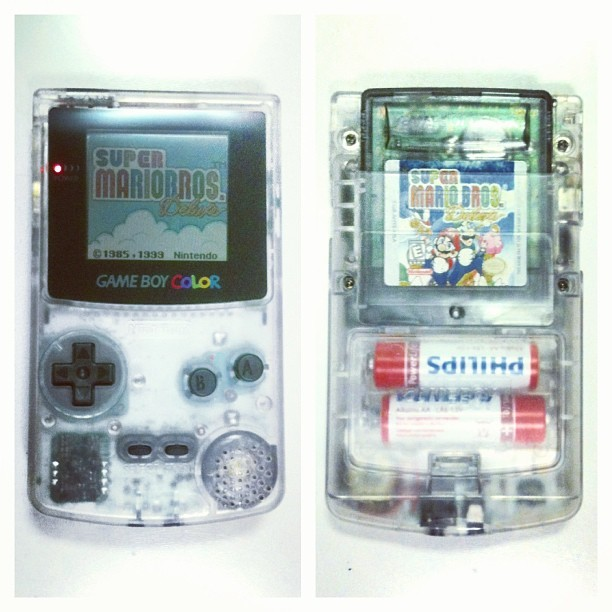 Game Boy Color Crystal Edition à la @mmoroca
