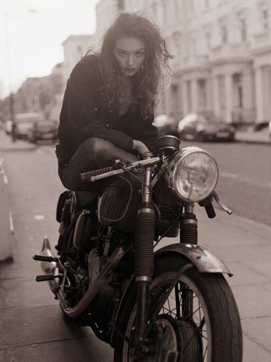 babes on bikes on Tumblr