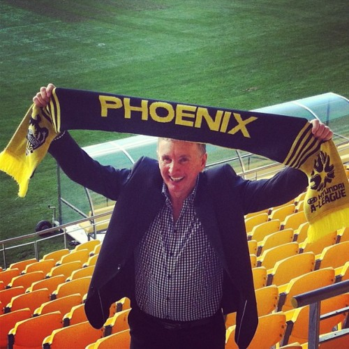 jyagaimonoki:  New Wellington Phoenix coach, Ernie Merrick.   A bit wary because Victory sacked him for a Nix 12/13-esque form meltdown, but hopeful because he has, like, chops and stuff.  I'll see how we go in preseason…