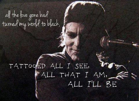 feeling-so-small:  Eddie Vedder, Black