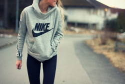 girl fashion fitspo health motivation perfect style body blonde nike outfit stylish girly healthy fit walk clothing hoodie Sport just do it fitness Walking workout blond hair ootd sporty jogging