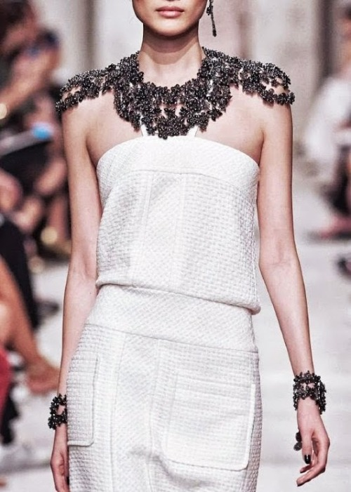 tellmedarlingfashion:  Chanel Cruise 2014