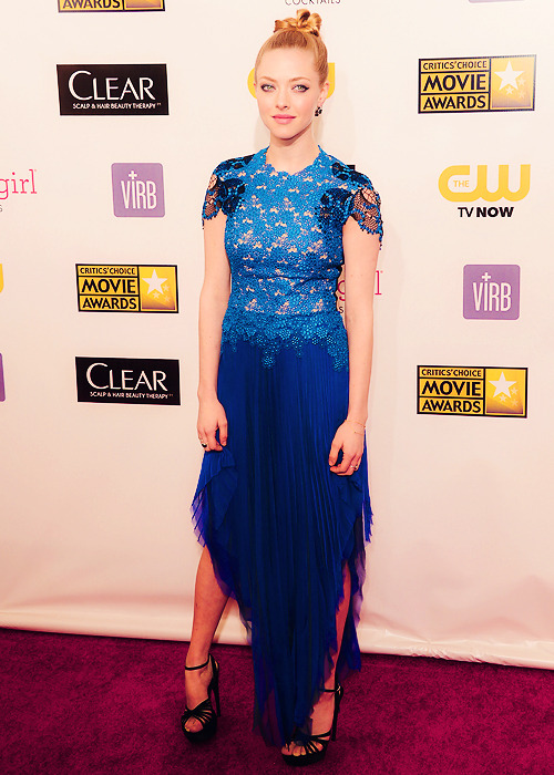 Amanda Seyfried @ 18th Annual Critics' Choice Movie Awards (10.01)
