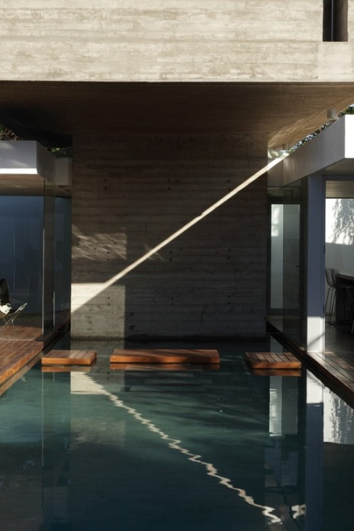 justthedesign:  Swimming Pool At The Bunker House By  Estudio Botteri-Connell