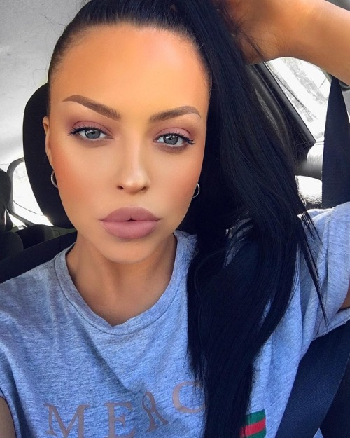 m girl brunette makeup hairstyle eyeshadow accessories gorgeous beauty fashion glam luxury boho chic indie boho fabulous luxe glamour classic nature fashionstyle