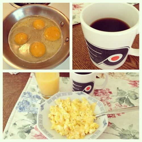 Oh yes 💛😍🍳☕ #breakfast #eggs #coffee #flyers