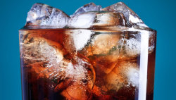 mothernaturenetwork:  Sugary drinks linked to 180,000 deaths worldwide Studies have shown that drinking sugar-sweetened beverages increases the risk of chronic diseases such as diabetes, heart disease and cancer.