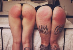 cloudedlechery:@hiddenpink and I had friends over…