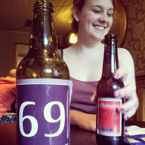 We ordered just at the right time! #me #food #order #69 #wayyyy #funny #beer #dinner  (at The Nursery Tavern)