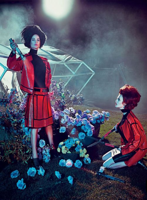 """Hothouse Flowers"" Karen Elson & Carolyn Murphy by Steven Klein for Vogue US January 2013"