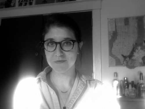 Coffee overload + Battlestar Galactica + fun window glare-cardigan = Zero productivity.