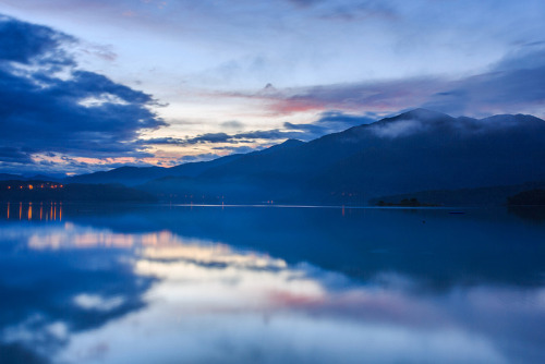 efidelity:  山水雲間 Sun Moon Lake, Taiwan by samyaoo