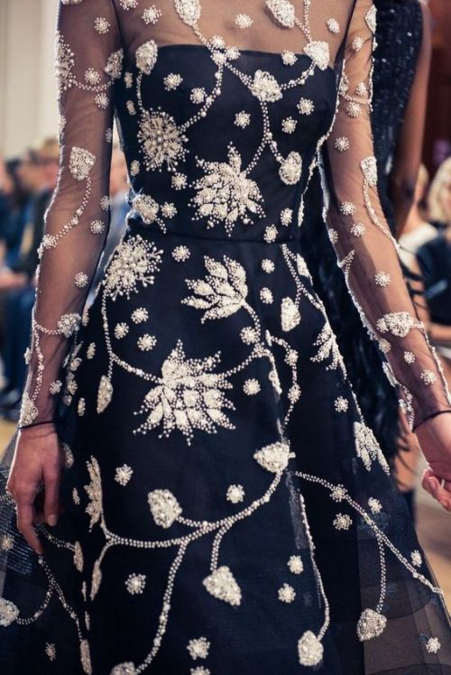 the fashion dish oscar de la renta spring 2017 collection detail runway details high fashion attire runwaylooks spring 2017 ready-to-wear