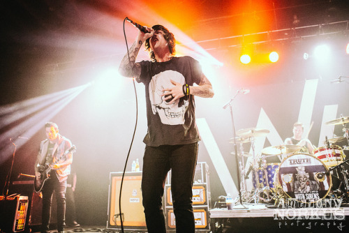 http://www.sleepingwithsirens.net