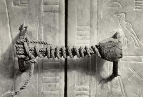 part-l-ypoison:  The unbroken seal on King Tut's tomb.