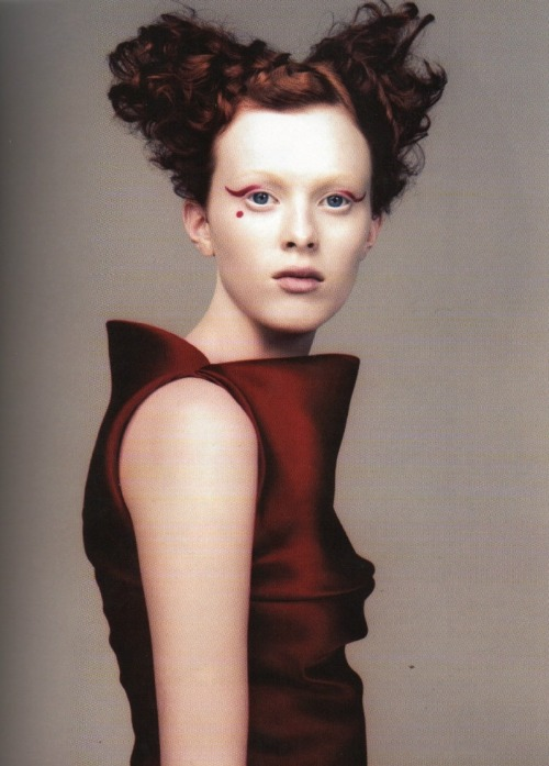 shoulderblades:  prêt à porter, karen elson by craign mcdean for vogue italia, march 1999 scan from belgian fashion design