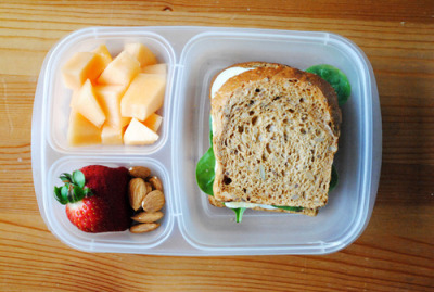 Mmm, I want a lunchbox like this EVERYDAY if I could.