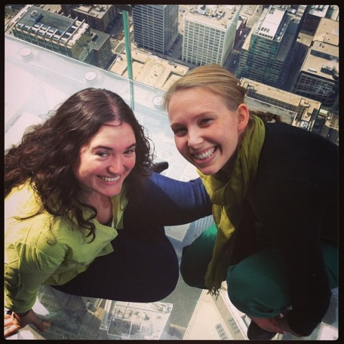 Look ma, we're sitting on top of Chicago! @alexlohman #willistower #chicago #bffs
