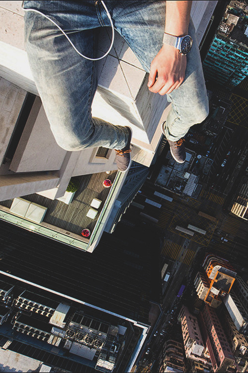 worldfam0us:  Look Down | WF