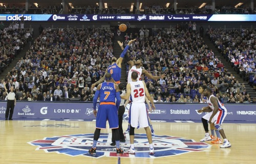 nba:  Tyson Chandler of the New York Knicks and Greg Monroe of the Detroit Pistons tip off during a game between the New York Knicks and the Detroit Pistons at the 02 Arena on January 17, 2013 in London, England. (Photo by Nathaniel S. Butler/NBAE via Getty Images)