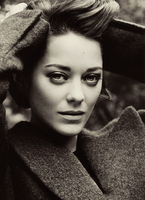 Cotillard - God, she's beautiful!