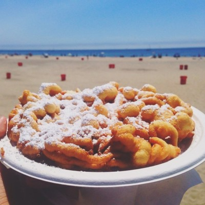 And in that moment… my life was complete. 💕 Just wait until Marianne's Ice-cream! 1st time at the beach & boardwalk for this Summer with my nursing fam. // 🌊🎡⛵️ // #SantaCruz #Beach #Boardwalk #summer #funnelcake #dessert #sweettooth (at Santa Cruz  Beach Boardwalk)