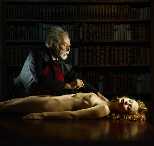 Anatomy lesson Photo by Bart Ramakers Model: Eva Evian