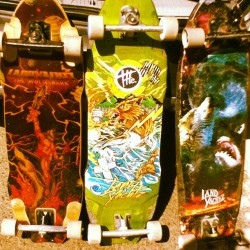 (via mbr3m3r en Instagram) The evolution of the Wolfie, Landyachtz represent and Eddie Aviña in the house!