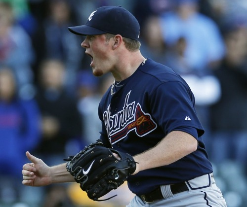 Craig Kimbrel helps clinch the division on September 22, 2013.