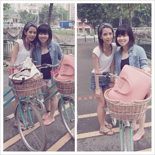 After brunch-ing~ we decided to cycle against the pms weather! last year.. was ice skating. This year was #cycling  <3 feel so relaxing and calm to be with her. #girlfriend #keepfit #igsg #happy  (at Punggol Park Connector)