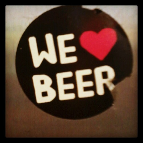homecomingheart:  I love beer, you love beer, we love beer! <3 #welovebeer #beer #bier #love #liebe #wirliebenbier