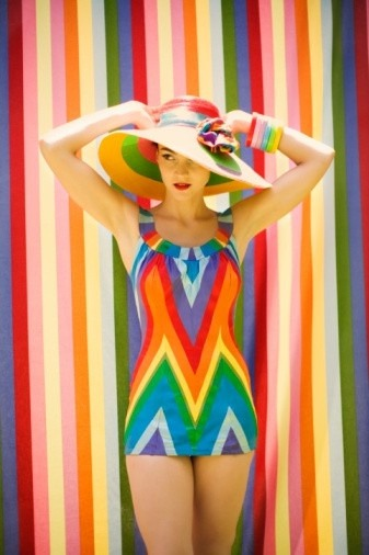 queensofvintage:  Rainbow beach wear 1950s