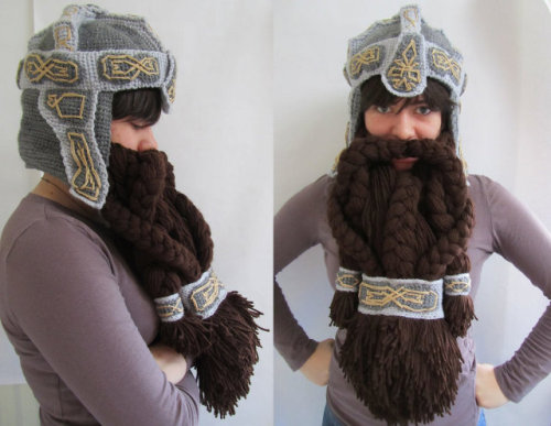 geekmythology:  Lord Of The Rings Crocheted Dwarf Helmet And Beard | Geekologie