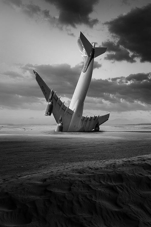 bullet-proof-idea:  Landing By George Christakis