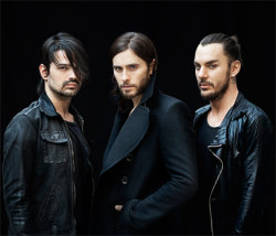 30secondstomars:  Newbury Comics has autographed copies of LOVE LUST FAITH + DREAMS - Pre-order yours today, while supplies last!! — http://bit.ly/MARSnwbry