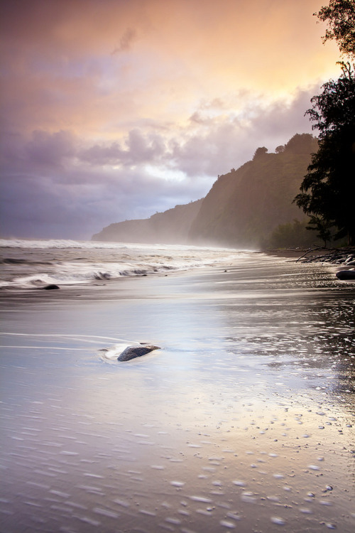 touchdisky:  Waipi'O Valley, Big Island, Hawaii, USA by photofanman