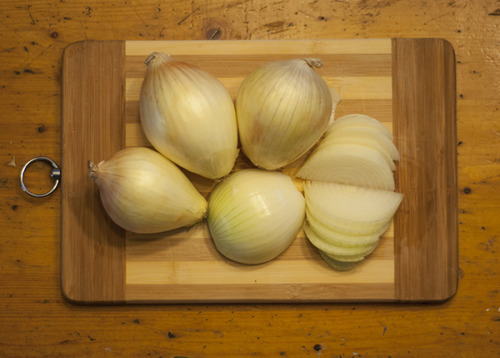 | What I Eat: Onion | (via Pic Of The Day – April 26, 2013)